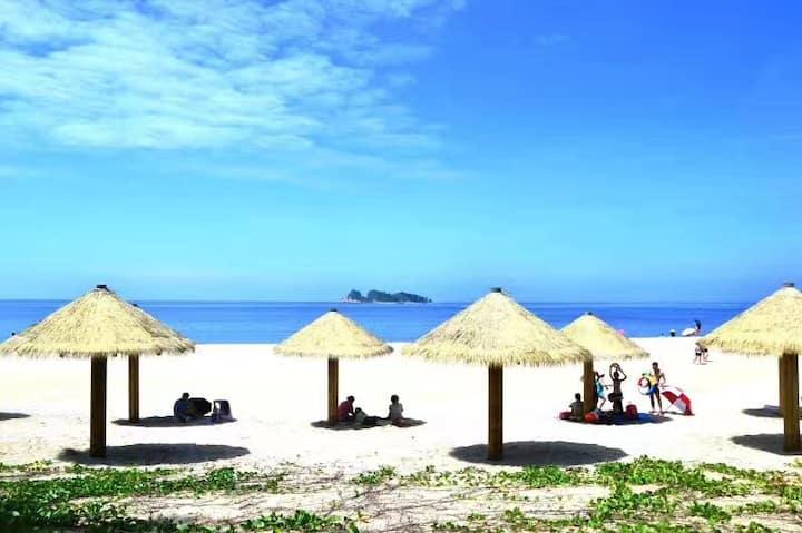 阳江海陵岛十里银滩海洋风情(海景楼王高层)一线海景房(距海滩50米)#已全屋消毒#