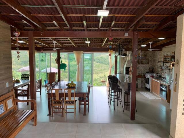 Área da cozinha e jantar
