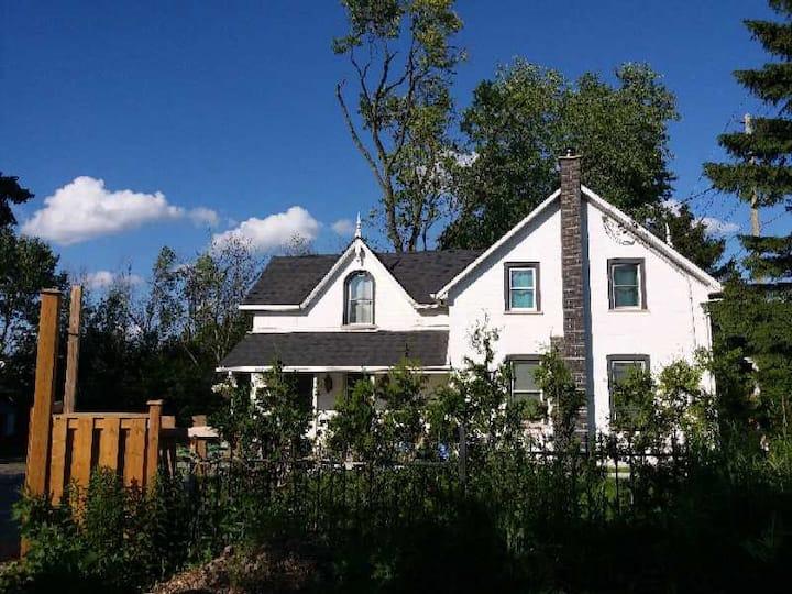 Renovated family-style Single-House no neighbors