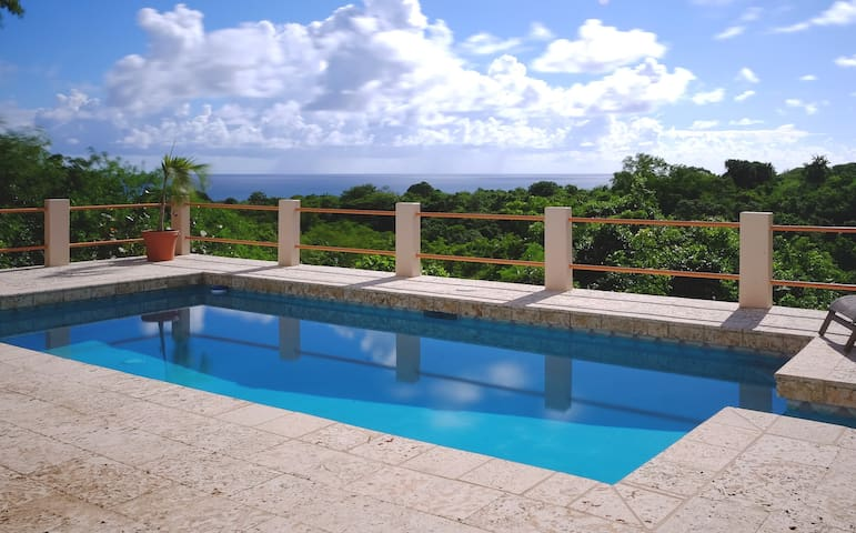 Oreanda - Casita Verde - Vieques