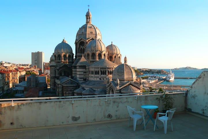 Marseille - Chambre avec vue proche du Panier