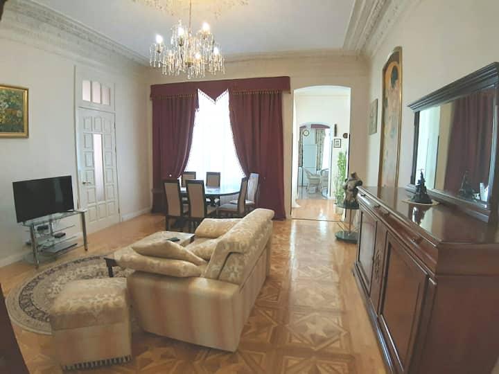Дворянские апартаменты в центре Киева