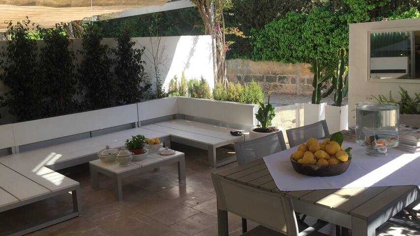 Double Room in Designer's House - Palma - Bed & Breakfast