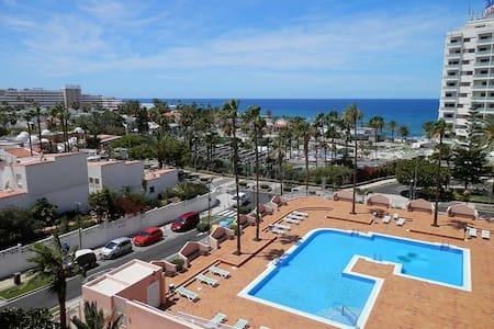Renewed comfy apartment with sea view and pool