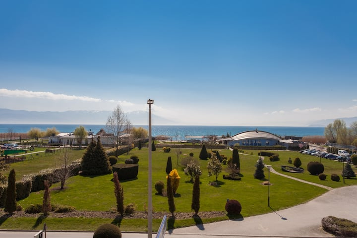 Lake view apartment - Struga - All are welcome!