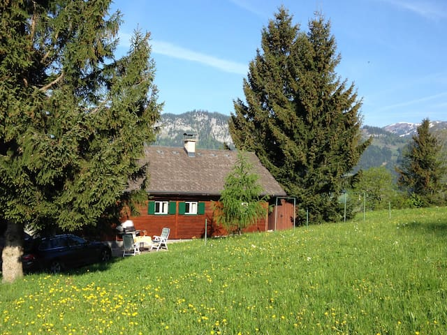 Mountain Cabin with Panoramic View - Tauplitz, Österreich - Faház