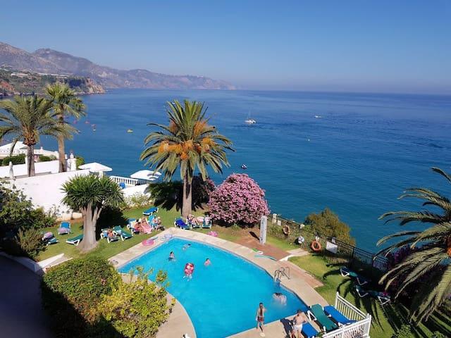 Penthouse Overlooking Mediterranean