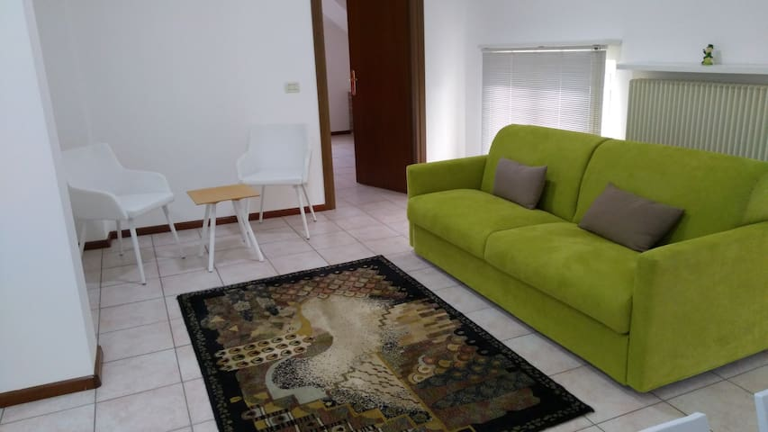 nice holiday apartment with parking  nr. 4 UDINE