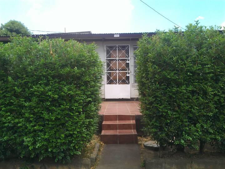 Casa compartida en colonia centroamerica