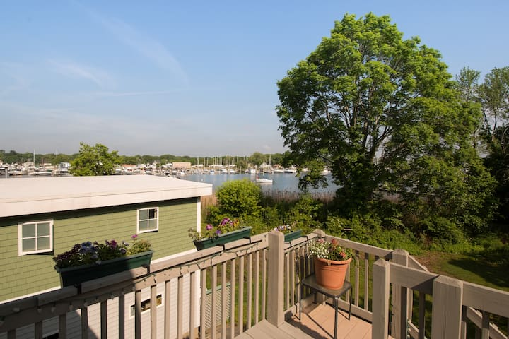 Harbor View Suite, private deck, bath and food!