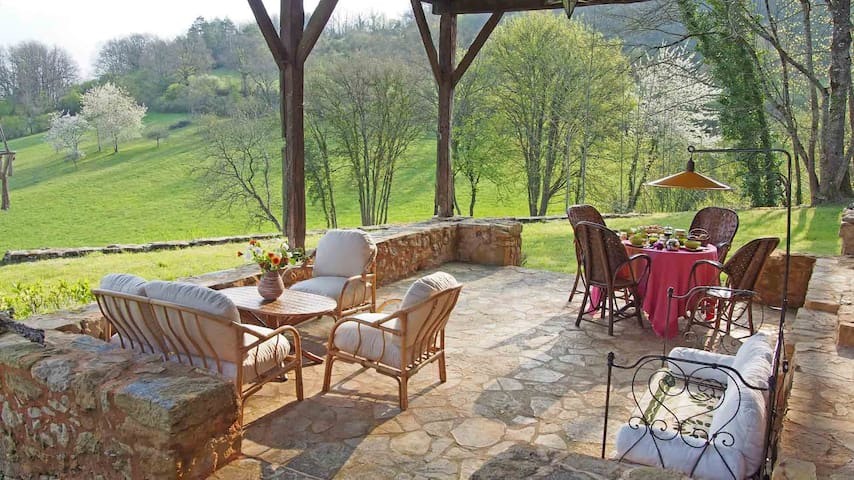 2 bedrooms  for 4 or 2 pers.in natural surrounding - Siorac-en-Périgord - Bed & Breakfast