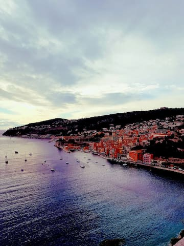 Wonderful apartment in the heart of Villefranche.