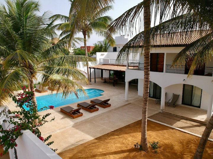 Villa remise à neuf en mode gipsy à 150m de la mer