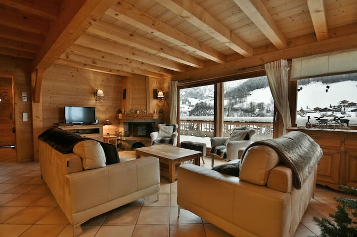 Airbnb Le Grand Bornand Vacation Rentals Places To