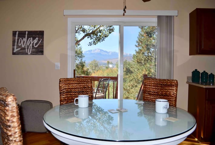 Lodge at Pulpit Rock, Family Friendly for 10, Hike