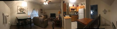 Cozy 1 BR near Downtown Hammond, SELU & Shopping.