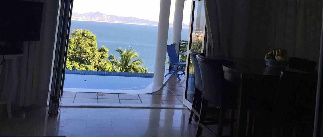 Best Ocean View /Private Infiniti Pool /Near Beach