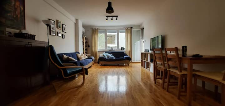 Comfy, spacious apartment in a green, quite area