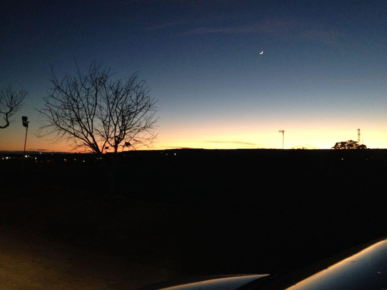 Zonsondergang even buiten Binefar