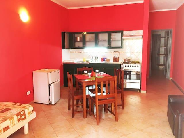 C Appartamento appena ristrutturato, centralissimo - Santa Maria - Apartment