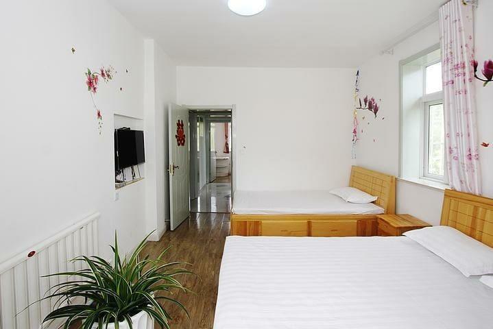 市中心温馨干净交通方便3室1~8人的家庭民宿