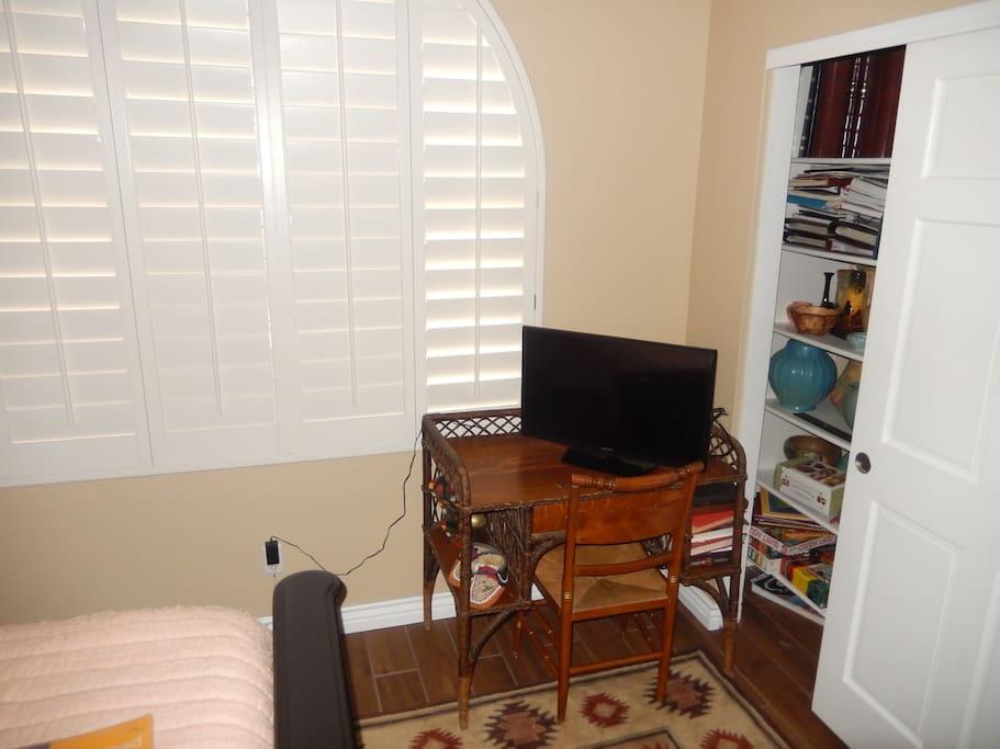 Tv & desk in your bedroom