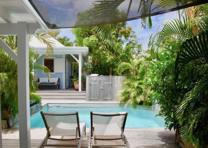 Peaceful Villa Casanomada  in Vitet 2 bedrooms