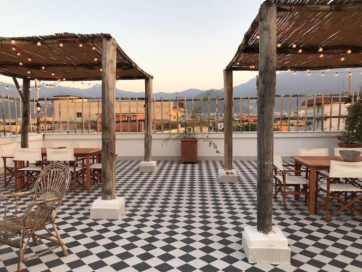 "Mediterranean style ""Casa Ingenito"" w/ rooftop"