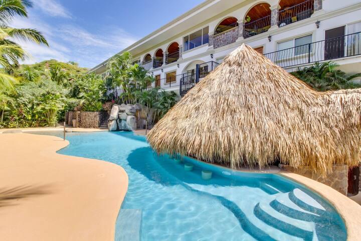 Gorgeous condo w/ private hot tub, pool, shared pool access, & ocean views!