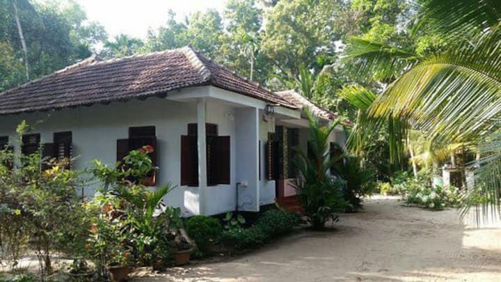 Marari greenland homestay (Twin bed room)