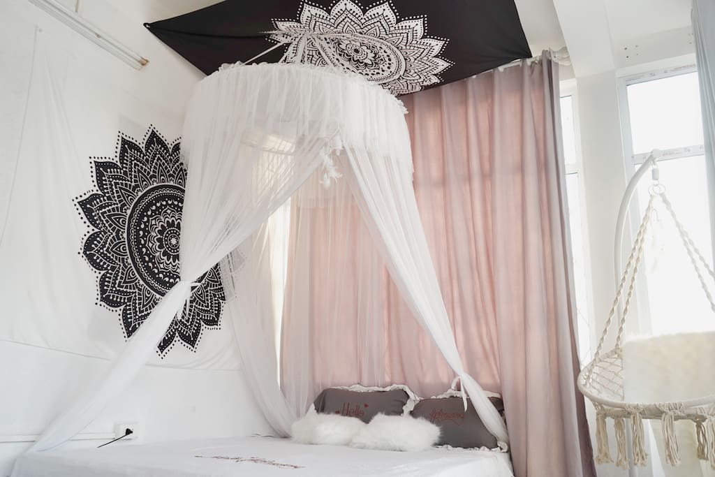 Beautiful bed in paradise Morning, you will feel the roof very comfortable and peaceful