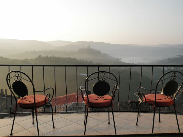 Eviane - Beautiful house with spectacular views - Veliko Tarnovo - Casa