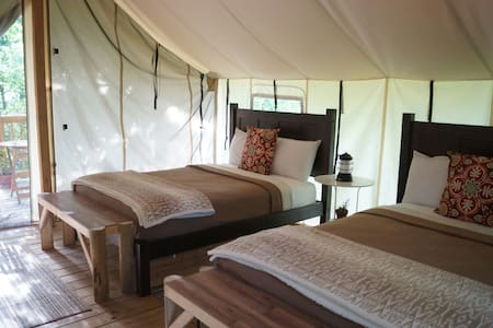 Seneca Sol Safari Tent - Oak (2 Full Beds)