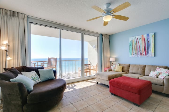 Majestic BEACHFRONT-corner unit, stunning views
