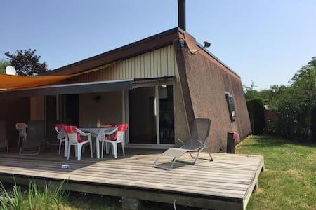 Maison au bord du Lac de Neuchâtel - Gletterens