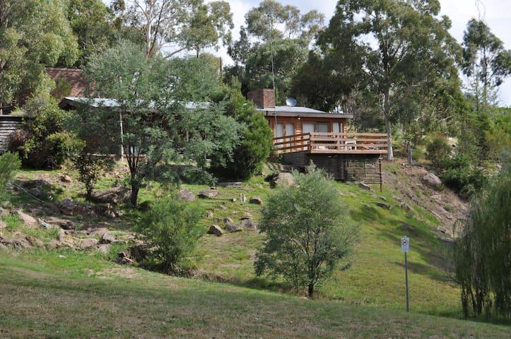Jock's Lodge - Merrijig - Maison