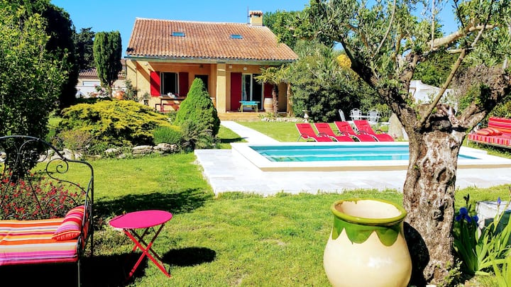 Villa with 5 bedrooms in Velleron, with private pool, enclosed garden and WiFi