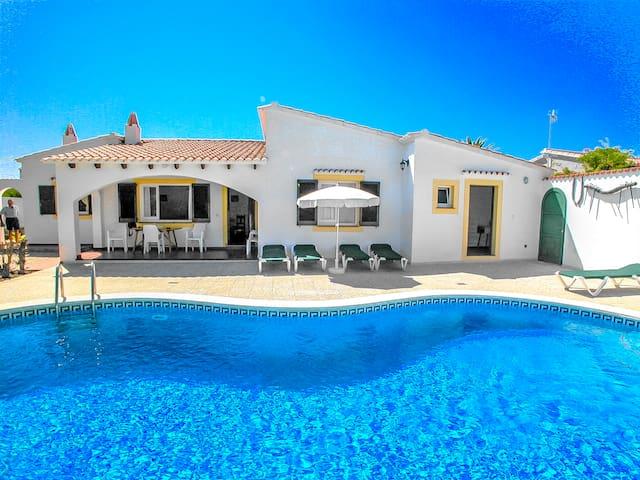 Catalunya Casas: ¡Villa Nuva para 6 personas, a 6 km de las playas de Menorca!