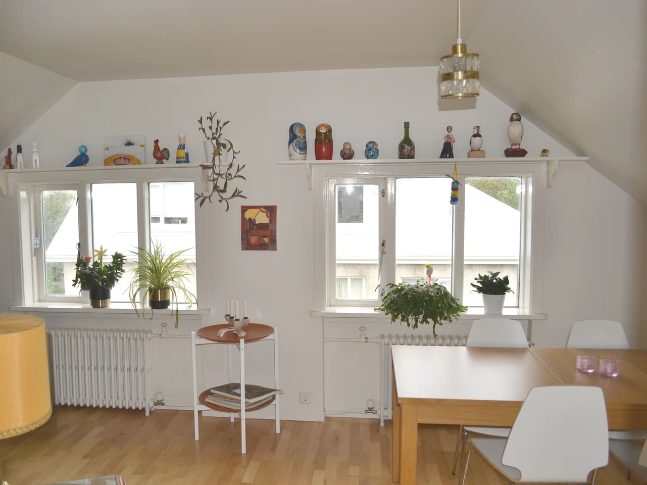 Bright, small and cozy living/dining room
