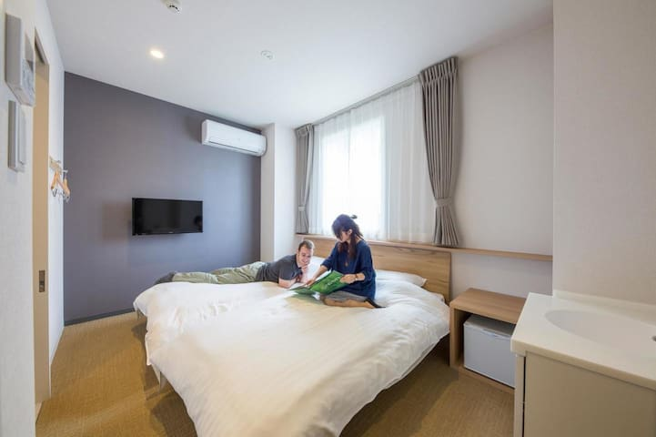 Sapporo sightseeing ! Susukino ,Odori Park is nearby Private Twin room