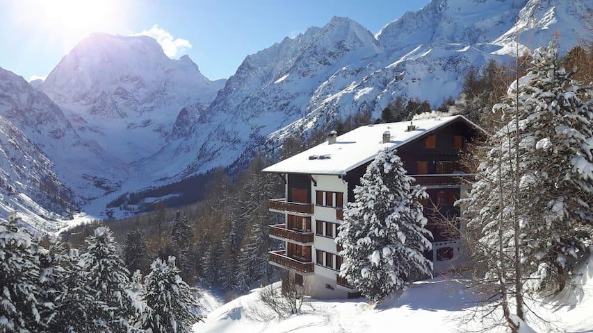 Appartement à Arolla ski et randonnée.