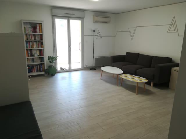 Appartement T2/T3 dans résidence calme