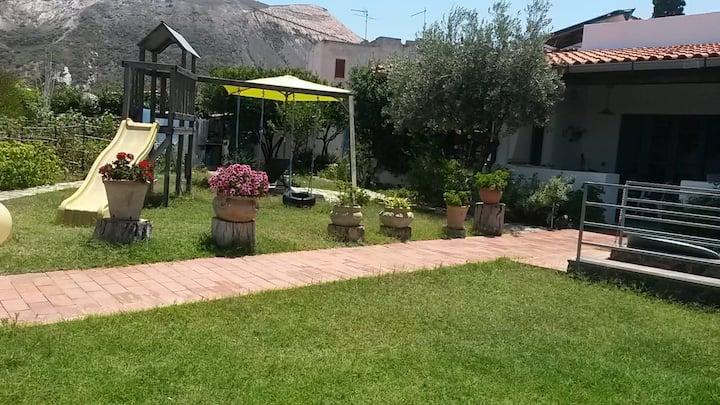 Villa Giulia, a due passi dal mare