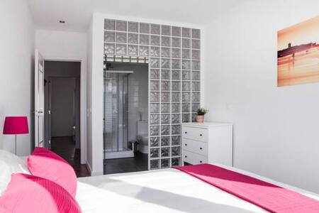 SUITE (private bathroom) SEA VIEW, BEACH #casaRene - Carcavelos