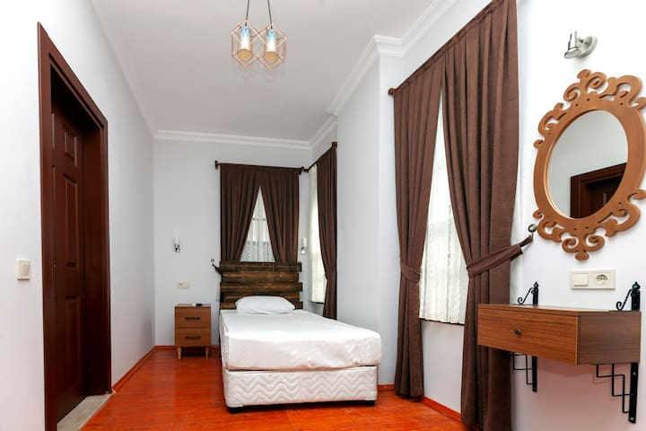 Pera Boutique Hotel /Single Room+Breakfast