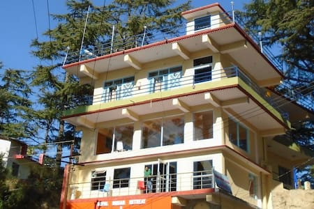 Serene Stay G binsar retreat - Szoba reggelivel