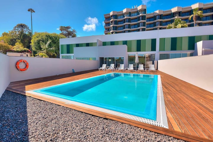 Villa Nogueira II with private pool