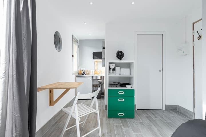 ❤️ proche Vieux nice 🚎 tram 10 ml🌅 studio balcon