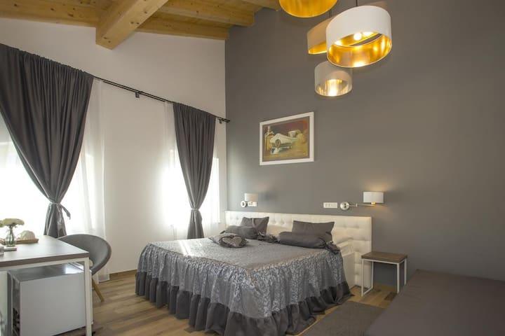 Aspalathos Residence DELUXE Double room I