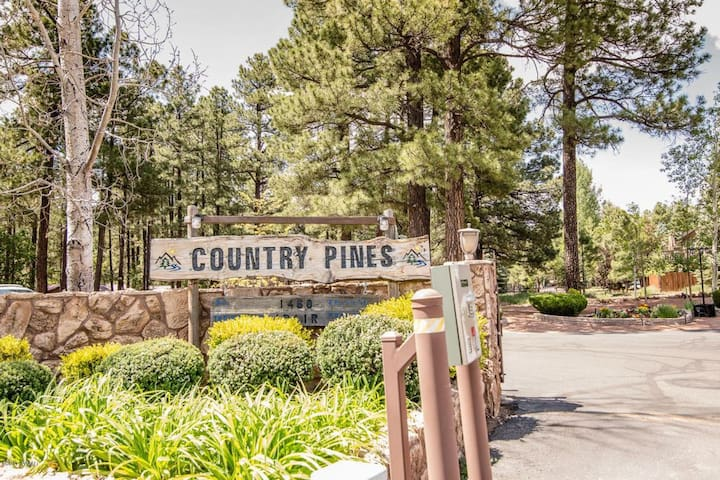 2 BR Gated Community close to Hike-Fish-Ski & Play